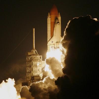 Ephémérides du 2 juin Discovery-116-lancement