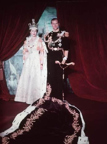 Ephémérides du 2 juin Coronation_of_queen_elizabeth_ii_52627