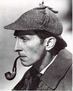 El Padre Brown vs Sherlock Holmes Cushng0116