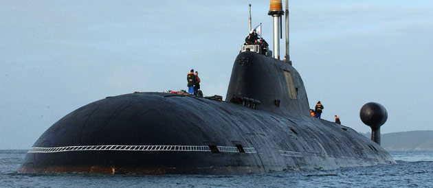 Le nerpa est un sous marin russe propulsion nucl aire d 39 attaque de type akula en photo - Trois matelots du port de brest paroles ...